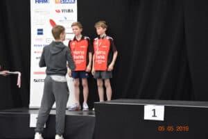 nr. 4 på Juniorverdensranglisten Anders Lind overrakte medaljer til de mindste rækker.